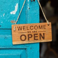 Best Welcome Message Examples and Tips for Successful Customer Onboarding